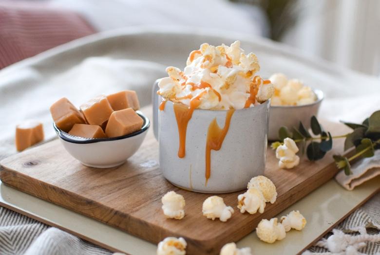 Kinuski-popcorn kaakao maistuu talvena