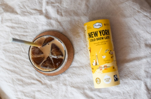 Jääkahviresepti kaupunkikahvijuomasta cold brew latte