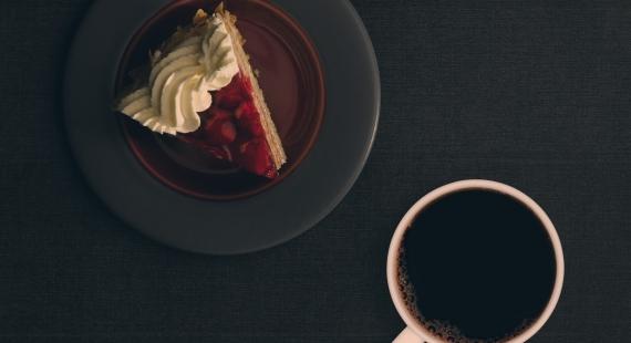 Традиционный торт  с кремом